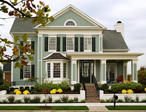 3 EASY WAYS TO INSTANTLY IMPROVE YOUR HOME'S CURB APPEAL